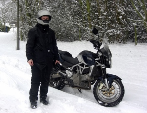 10 Ways To Stay Warm On Your Motorcycle